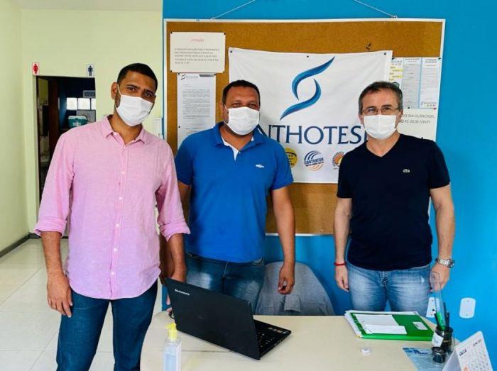 sinthotesb_-_empresário_apoia_a_vacina_para_trabalhador